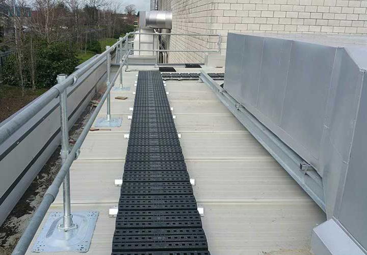 Kee Walk roof walkway with edge protection