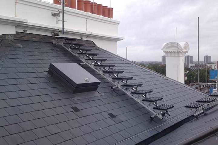 Kee Walk rooftop walkway for sloped roofs